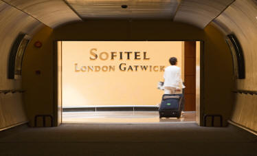 The walkway from the Sofitel Gatwick to the terminal