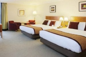 Crowne Plaza London Heathrow Bedroom Twin