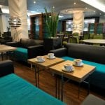Holiday Inn Express London Heathrow Airport Coffee Lounge