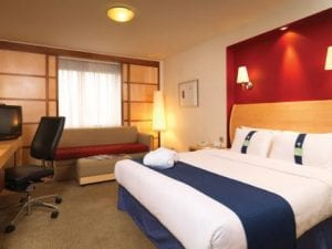 Holiday Inn London Heathrow Airport M4 Bedroom
