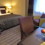 Crowne Plaza Gatwick Airport - Bedroom