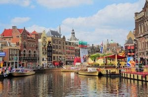 Flights from Manchester to Amsterdam